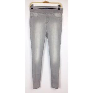 Old Navy Rockstar elastic waist skinny jeans